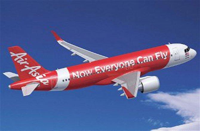 एयर एशिया प्लेन के  समुद्र में गिरने की आशंका