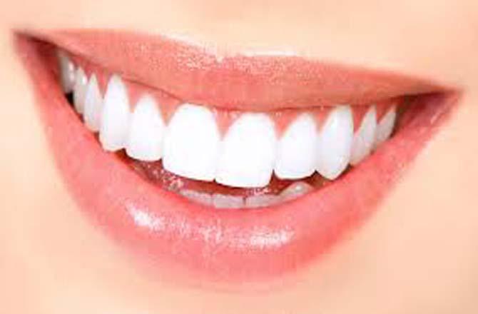 दांत ढ़ूंढऩे के लिए जुटी भीड़, हाइवे जाम