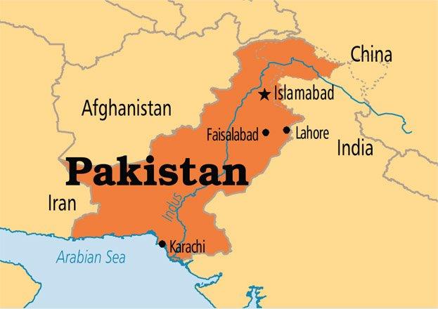 आतंक की आग में पाकिस्तान