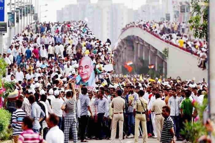 फिर सुलगा गुजरात,पाटीदार आंदोलन ने पकड़ा जोर,भड़की हिंसा