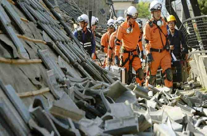 भूकंप के जोरदार झटकों से हिला जापान