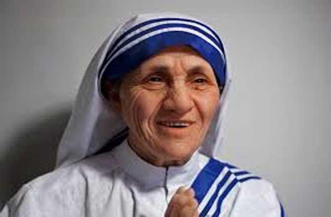 क्या मदर टेरेसा संत थीं….?