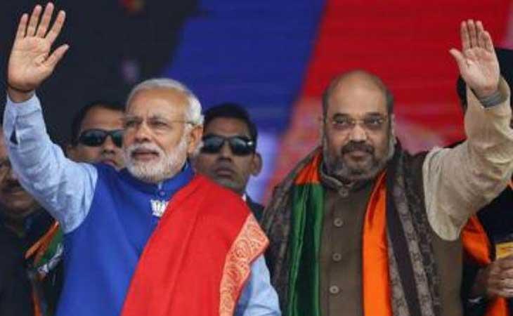 चुनाव आयोग ने दी पी एम् मोदी को क्लीन चिट