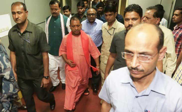 मुख्यमंत्री योगी के पास गृह मंत्रालय समेत 37 विभाग,जानें किसको मिला कौन सा विभाग
