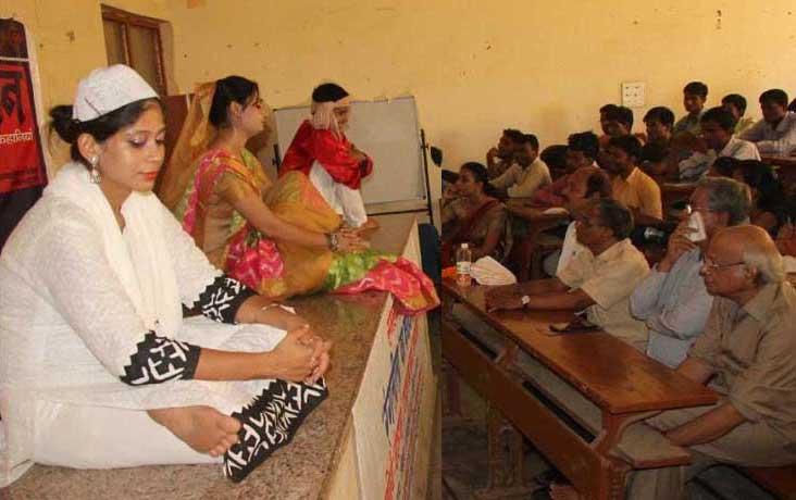 'रंगलीला' के कलाकारों ने मुशी प्रेमचंद्र की पुण्यतिथि पर प्रस्तुति दे शमाँ बाँधा