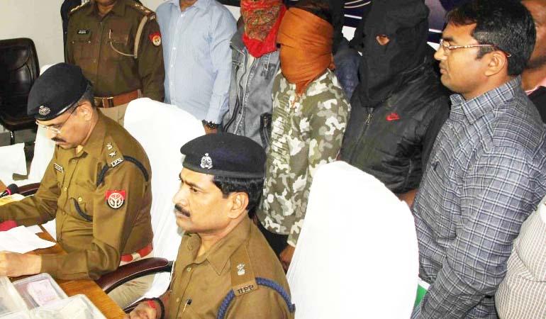 पुलिस मुठभेड़ में छह लुटेरे गिरफ्तार, 70 लाख की लूट का  खुलासा