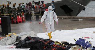 Indonesia Plane Crash: जावा सागर की 23 मीटर गहराई में मिला विमान का मलबा, ब्लैक बॉक्स का भी पता चला