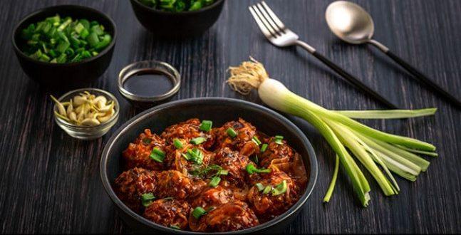 Manchurian: घर पर बनाएं रेस्टोरेंट स्टाइल मंचूरियन, जानें आसान रेसिपी