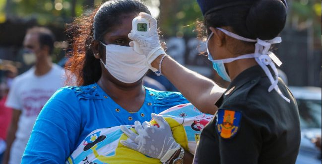 श्रीलंका में कोरोना संक्रमण की तीसरी लहर, बढ़ते मामलों के बाद बॉर्डर को 10 दिन के लिए बंद करने का फैसला लिया