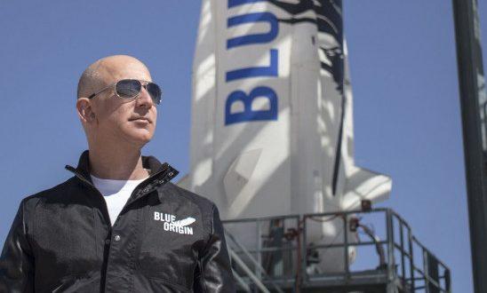 अमेज़न के सीईओ जेफ बेजोस जाएंगे स्पेस, अपनी कंपनी ब्लू ओरिजिन के रॉकेट न्यू शेपर्ड से 20 जुलाई को होंगे रवाना - bhaskarhindi.com
