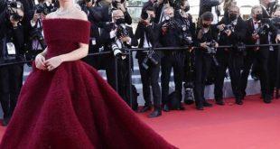 राजकुमारी बनकर कान्स के रेड कार्पेट पर उतरीं एमी जैक्सन, देखें ताजा तस्वीरें