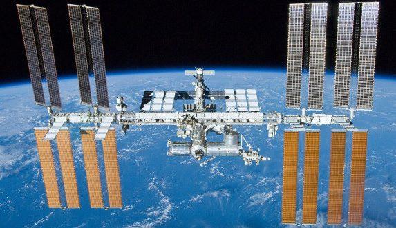 इंटरनेशनल स्पेस स्टेशन ने खोया ओरिएंटेशन पर से कंट्रोल, रूस ने नई साइंस लैब नौका में आई सॉफ्टवेयर प्रॉबलम को जिम्मेदार बताया - bhaskarhindi.com